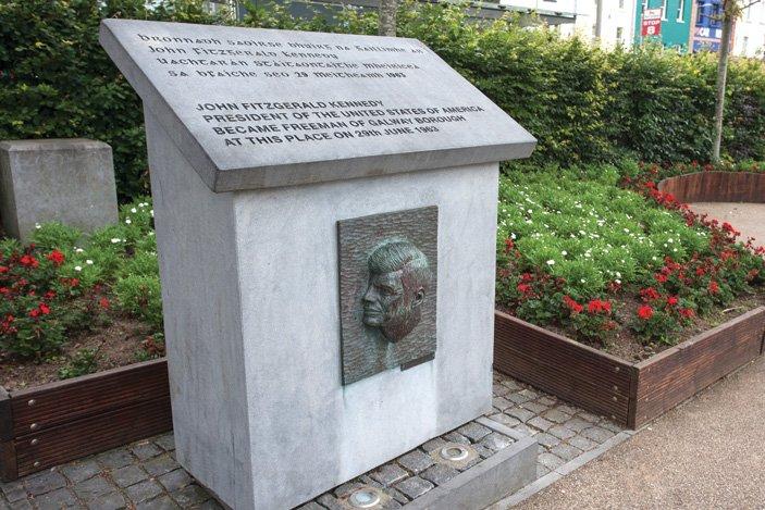 Kennedy Memorial Plaque - Visit Galway