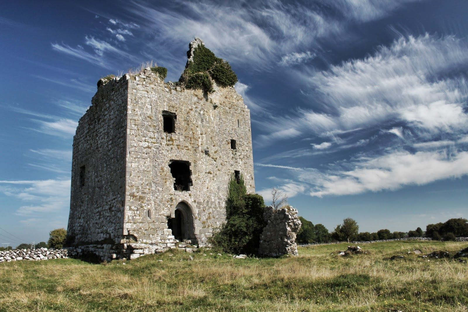 Anbally Castle - Visit Galway
