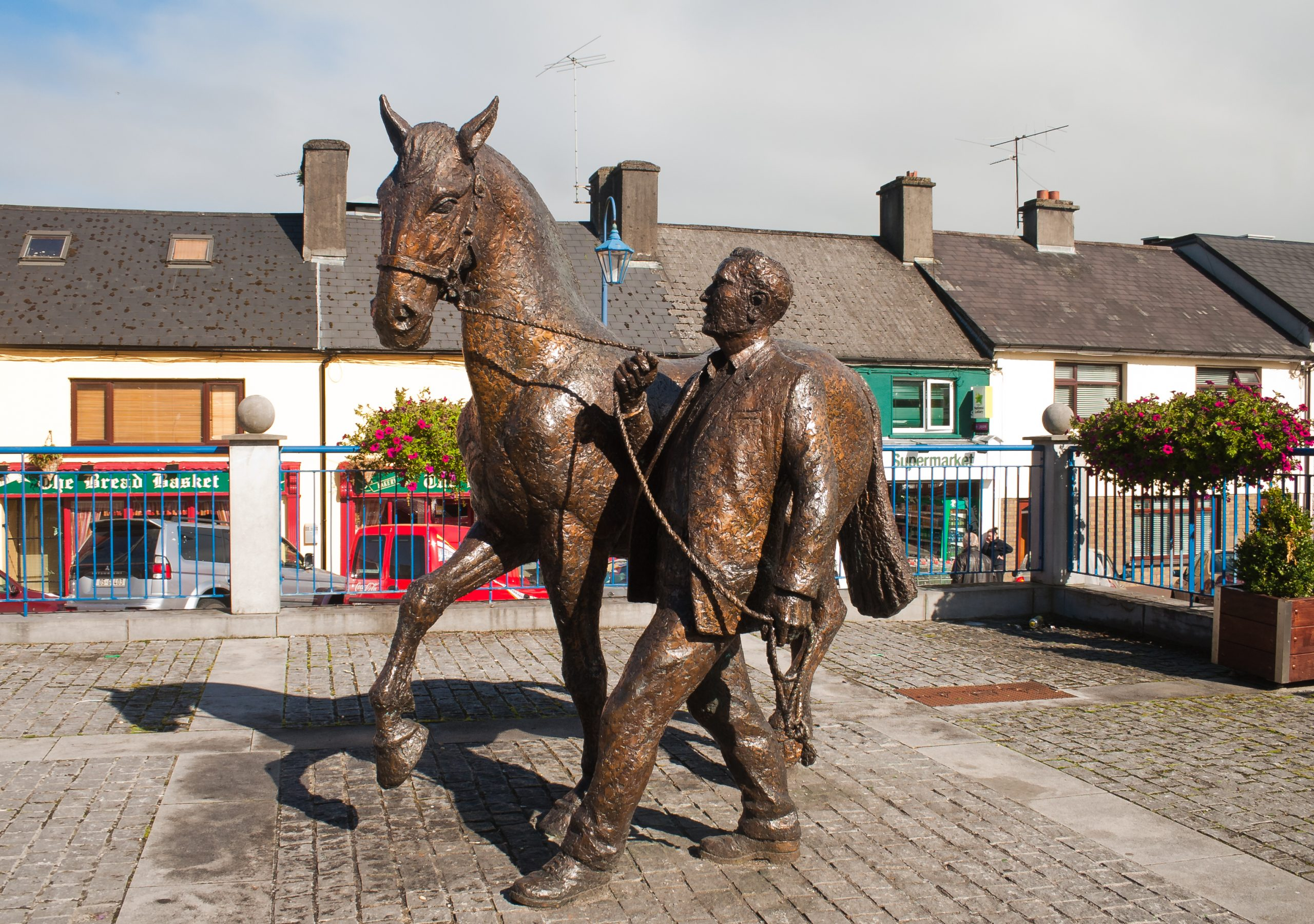 Horse and Handler Sculpture - Visit Galway