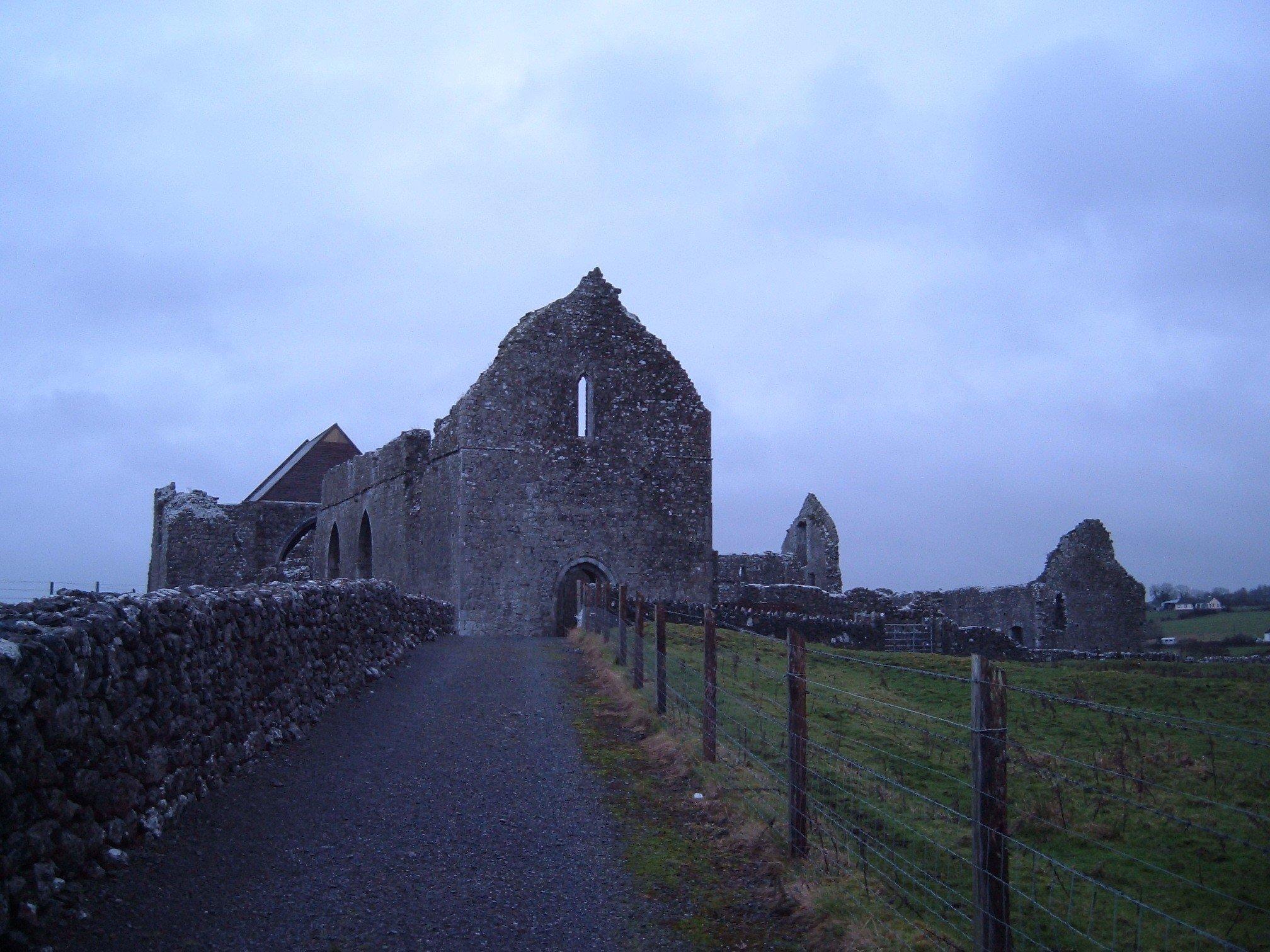 Abbeyknockmoy Abbey Galway - Visit Galway