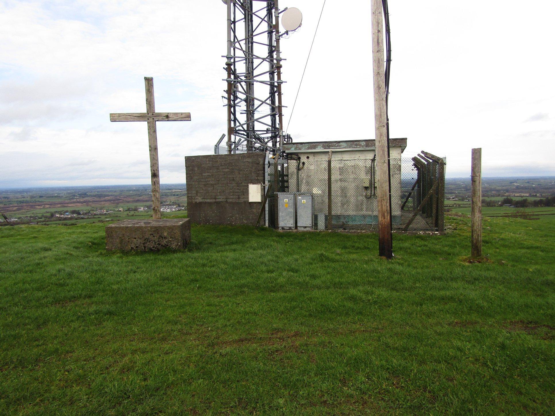 Abbeyknockmoy Cross - Visit Galway