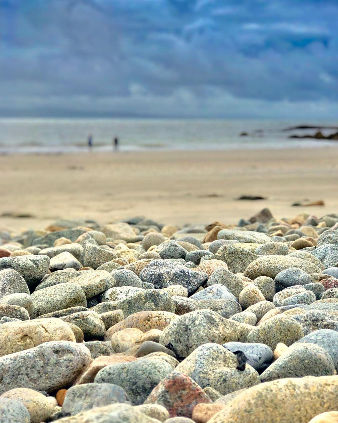Céibh an Spidéal Beach Rocks - Visit Galway