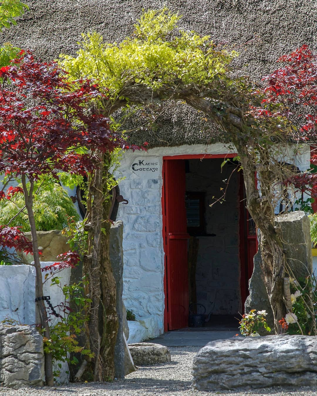 Claddagh Arts Centre and Katie's Cottage Cultural Exhibition in Galway - Visit Galway