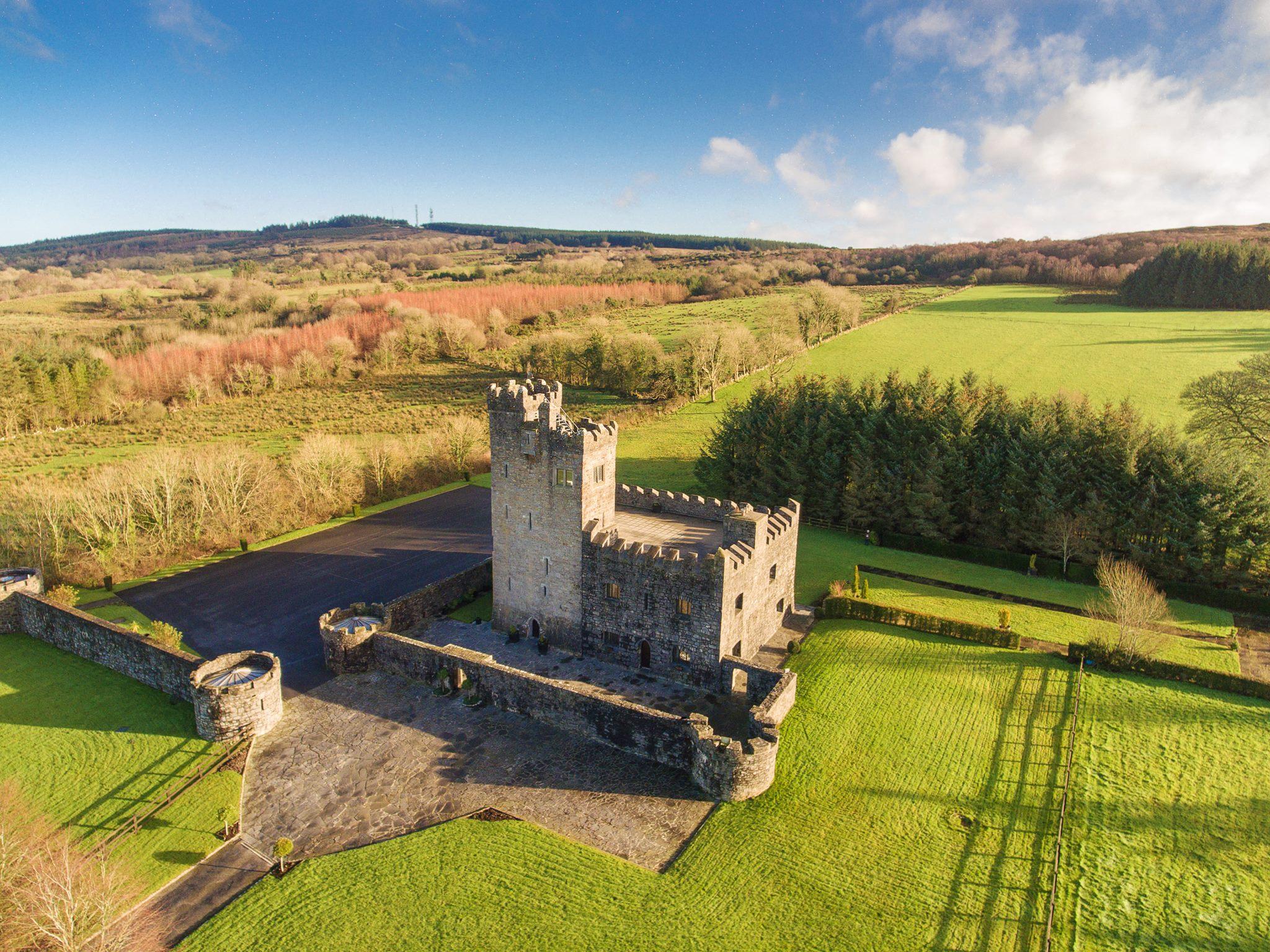 Cloghan Castle Aerial Photo - Visit Galway