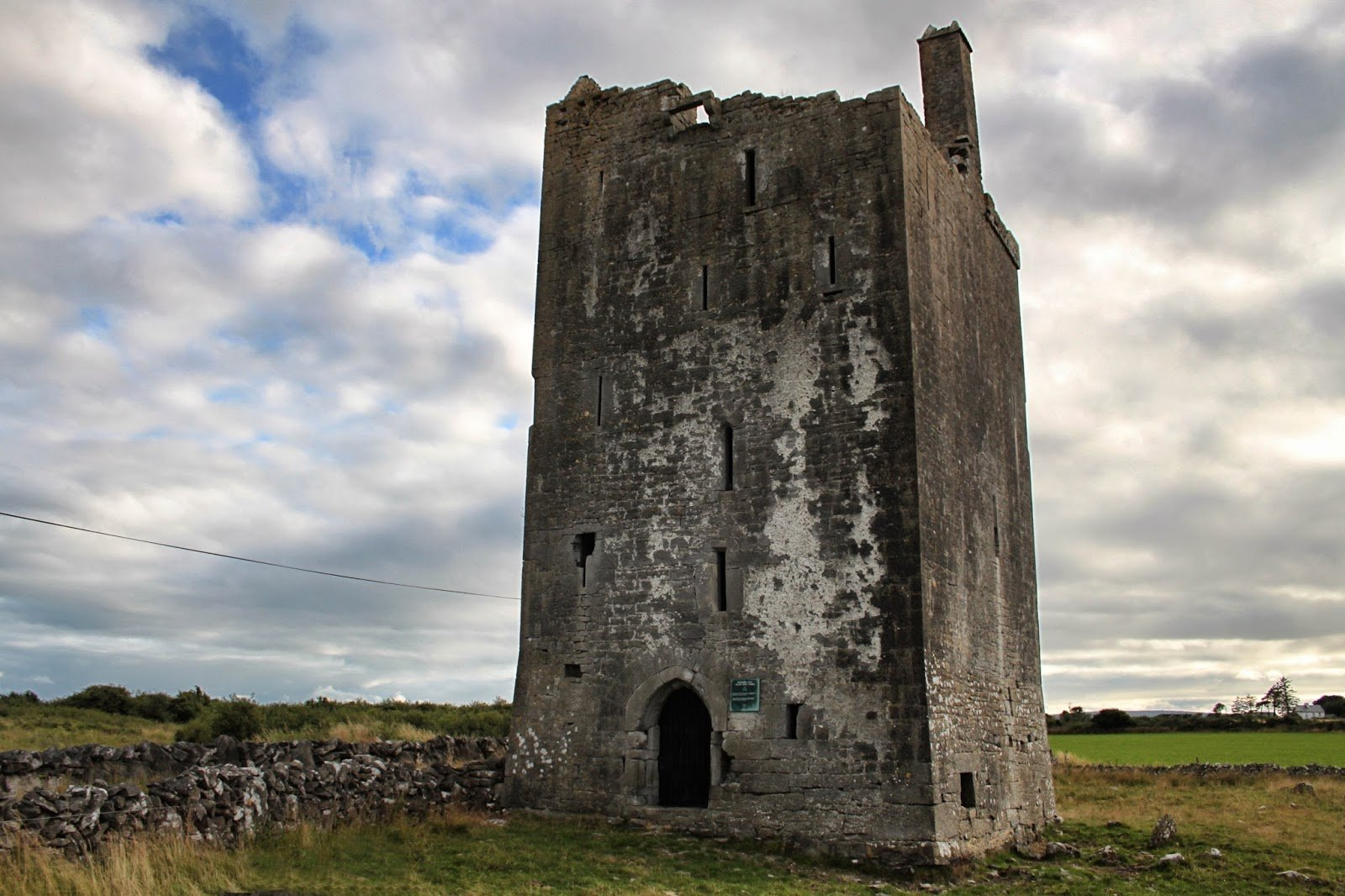 Drumharsna Castle Ruin in Galway - Visit Galway