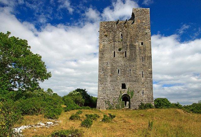 Lydacan Castle Ruin - Visit Galway