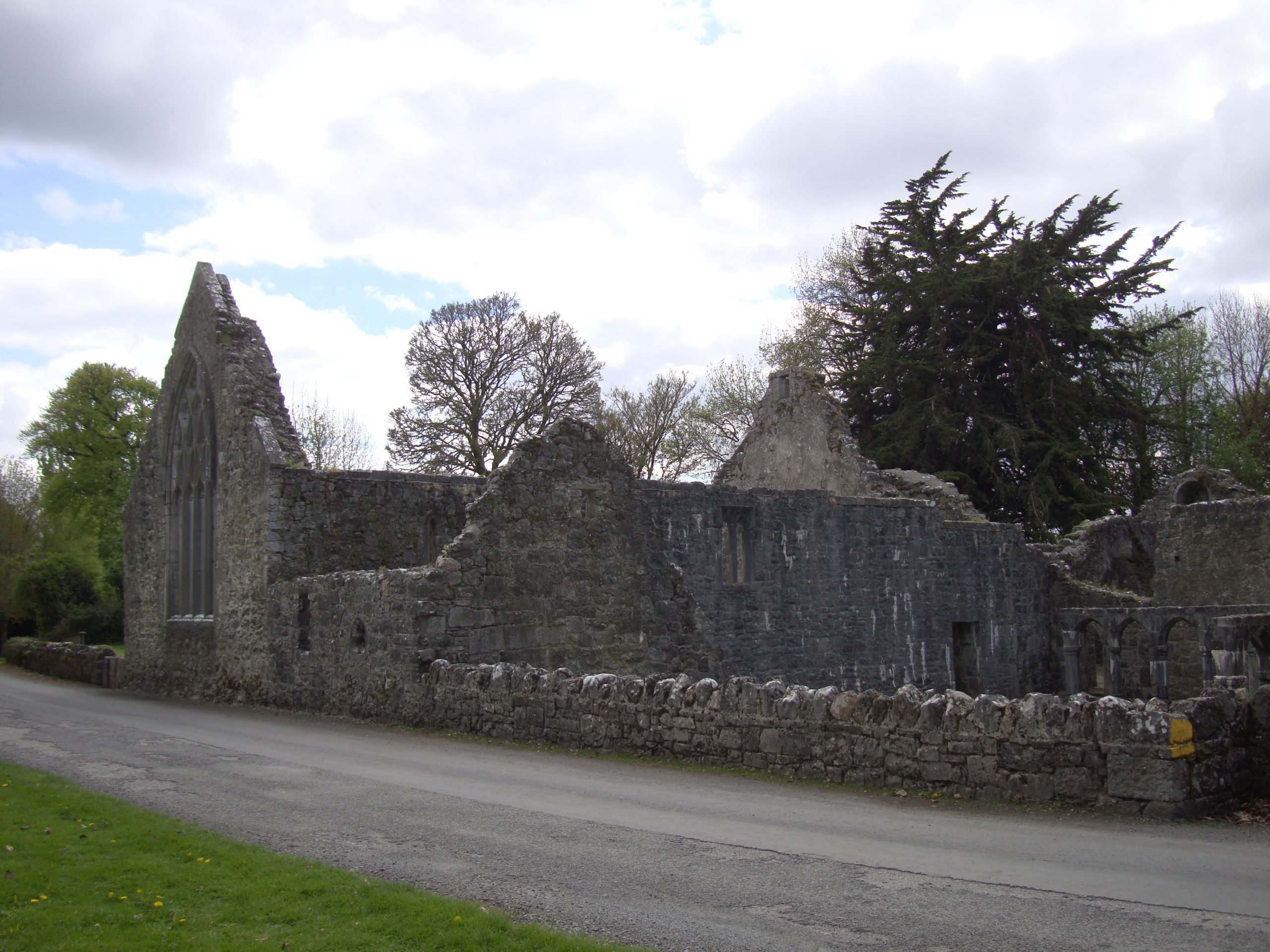 Portumna Friary in Galway Ireland - Visit Galway
