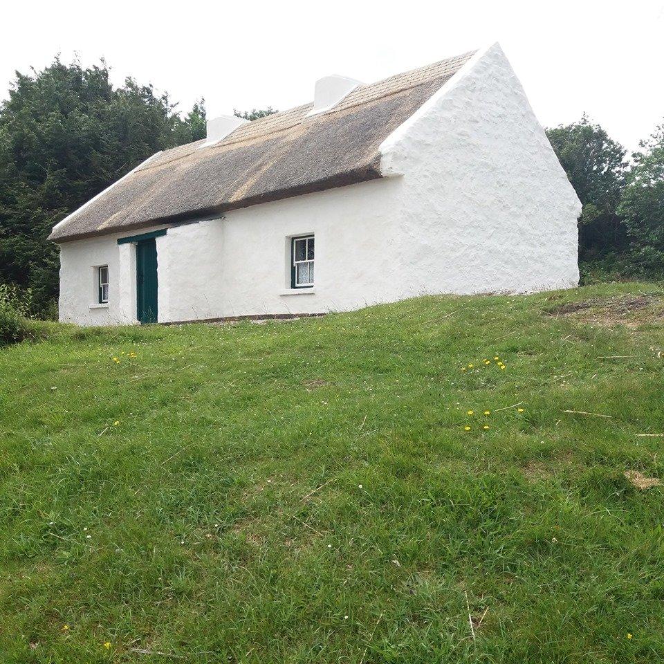 Teach an Phiarsaigh Ionad Cultúrtha an Phiarsaigh Patrick Pearse's Cottage - Visit Galway