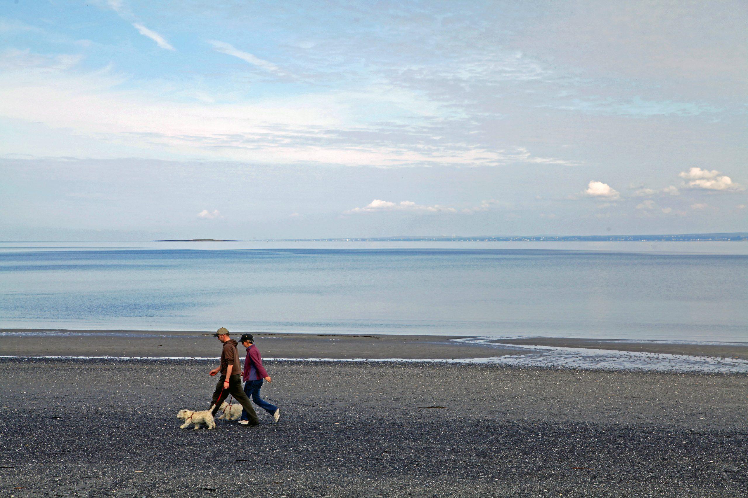 Traught Beach Walking - Visit Galway